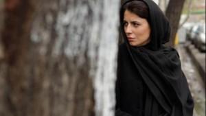 لیلا حاتمی در نمایی از فیلم پله آخر